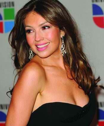 """Thalia regresa a las telenovelas (Univision """"Novelas Y Series"""")"""