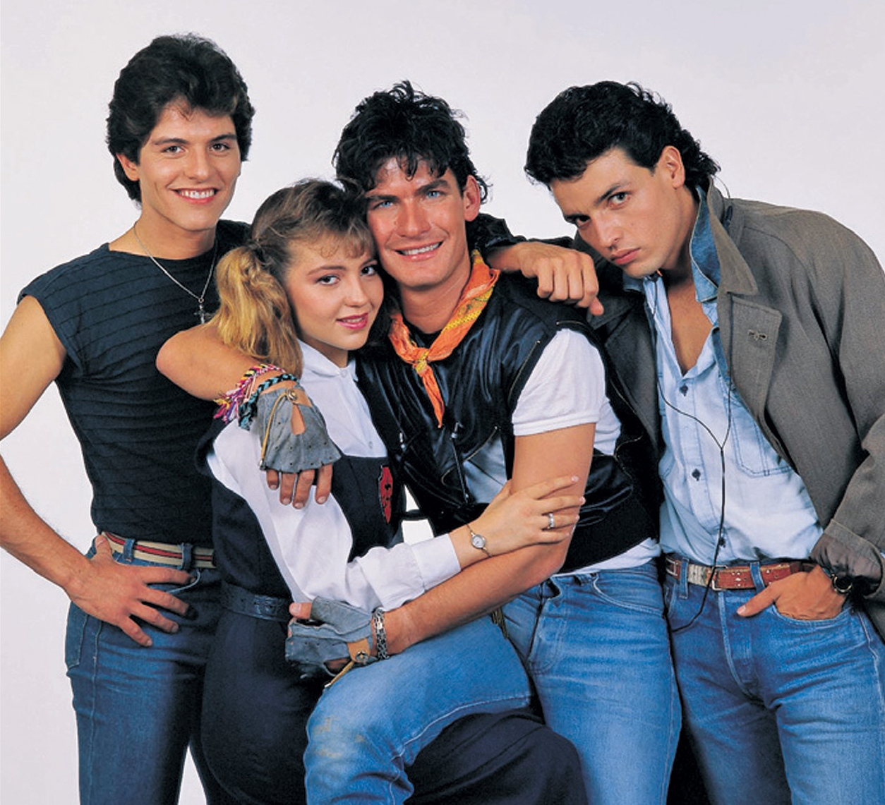 En 1988, la novela Quinceañera fue todo un éxito internacional y de ...