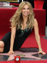 thalia-thalia-is-honored-with-a-star_3983153