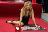 thalia-thalia-is-honored-with-a-star_3983175