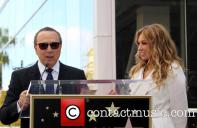 tommy-mottola-thalia-thalia-is-honored-with-a_3983318