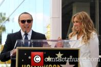 tommy-mottola-thalia-thalia-is-honored-with-a_3983328