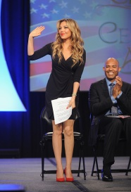NEW YORK, NY - OCTOBER 18: Singer Thalia (L) and former Yankee player Mariano Rivera speak onstage during the Naturalization Ceremony at Festival PEOPLE En Espanol 2015 presented by Verizon at Jacob Javitz Center on October 18, 2015 in New York City. (Photo by Brad Barket/Getty Images for PEOPLE En Espanol)