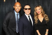 NEW YORK, NY - OCTOBER 18: (L-R) Former Yankee player Mariano Rivera, Tommy Mottola, and singer Thalia attend Festival PEOPLE En Espanol 2015 presented by Verizon at Jacob Javitz Center on October 18, 2015 in New York City. (Photo by Bennett Raglin/Getty Images for PEOPLE En Espanol)